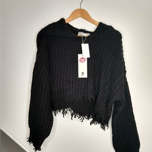 WILDFOX Distressed Cropped Chunky Knit Sweater